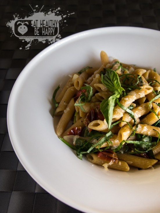 Roasted Tomato Pasta with Spinach, Basil, and White Wine Sauce | Eat Healthy Be Happy